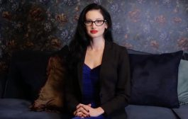 Famed Hollywood Therapist Who Appeared In Sexting Doc And Dated D...